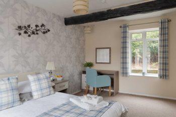 Cassiobury Court Double Bedroom