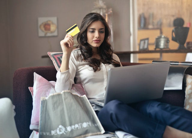 Online Shopping Addiction – Is it a mental illness?